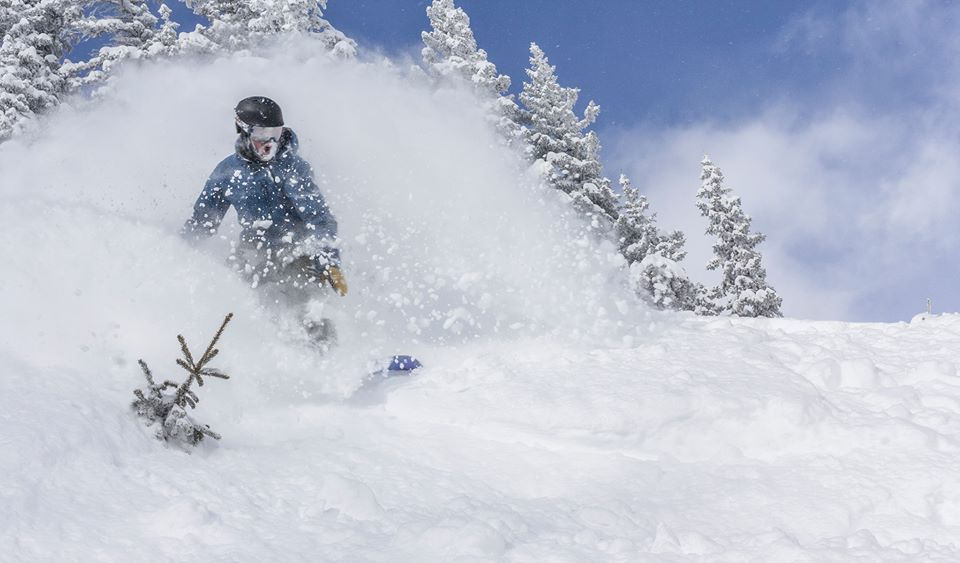 taos ski valley black personals Taos is an art colony, a world-class ski resort and a place of convergence – of culture, of opposites, of like minds and new perspectives.